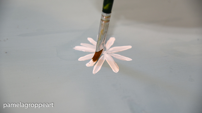 last strokes on painting a daisy, How to Paint a Simple Daisy