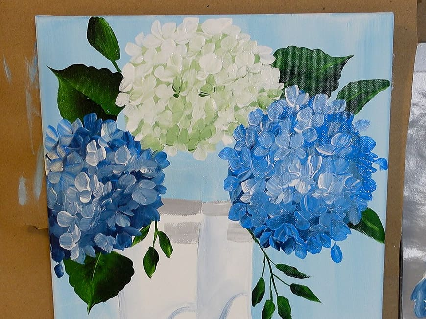 Add blue hydrangea petals to the blooms