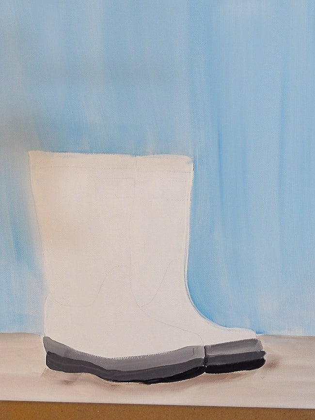 finish base of boots with black