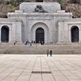 J. L. Anderson: Dinamitar el Valle de los Caídos