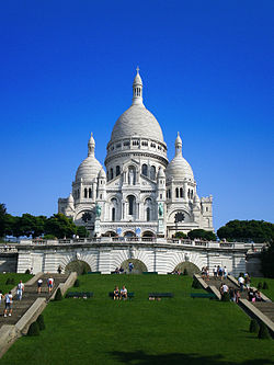 Got this photo from the web! The Sacre-coeur in full sunlight. Just beautiful!
