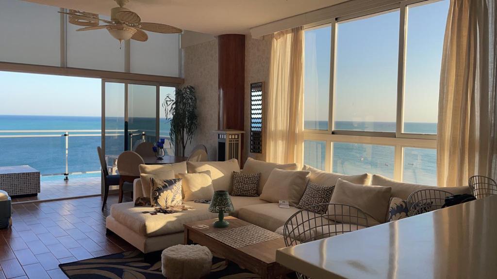 Venta – Apartamento – PH Mirador Loft  – Playa Blanca – totalmente amoblado –  145m2