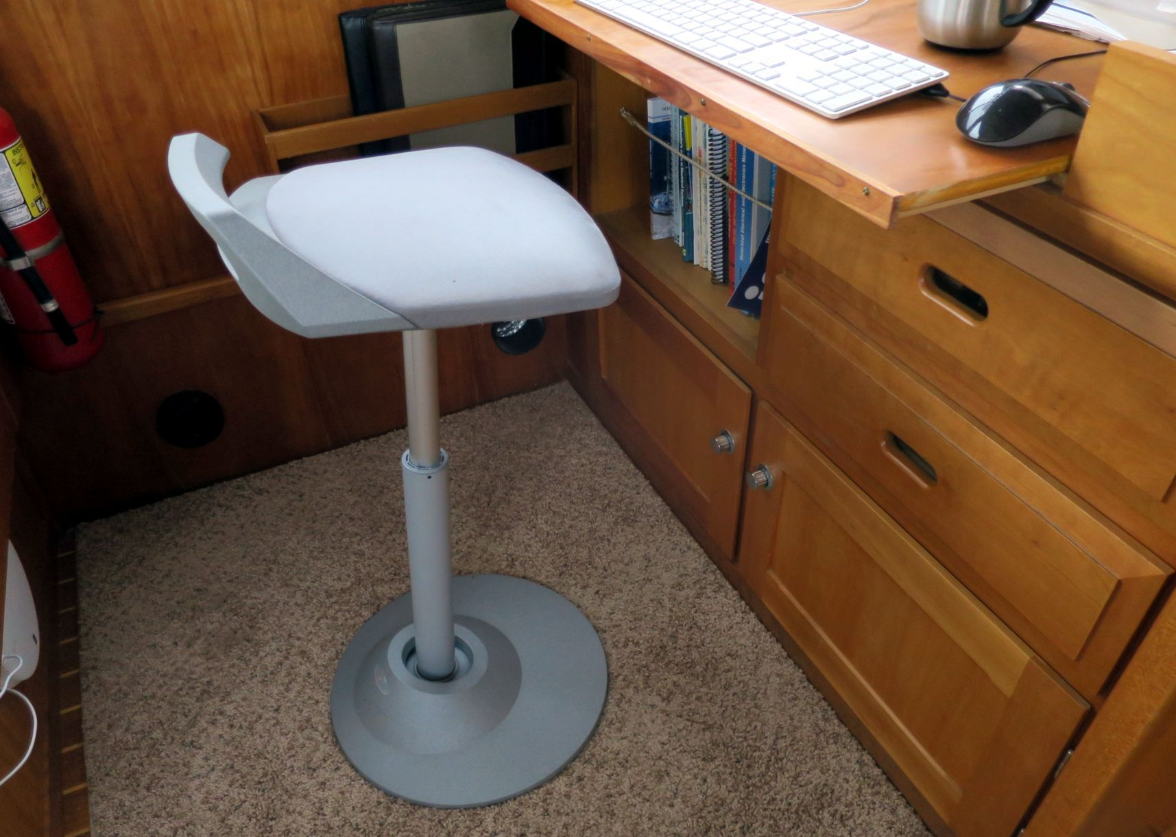 standing desk chair stool big comfy panbo the marine electronics hub gizmo 39s awning ac and