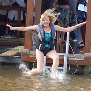 Anne Graves, an original polar plunge jumper, passed away of pancreatic cancer. Her friends and family gather for their New Year's tradition to raise money for the Pancreatic Cancer Action Network.