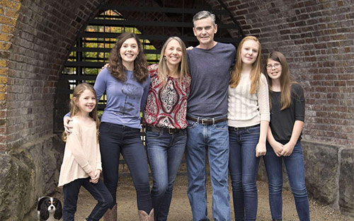 Joe Heiden, pancreatic cancer survivor and American Ninja Warrior, with family in October 2015.