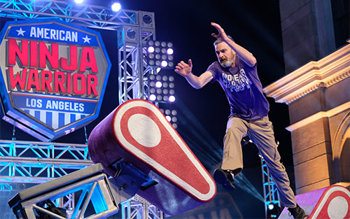 Joe Heiden, pancreatic cancer survivor, on American Ninja Warrior's Los Angeles Qualifier