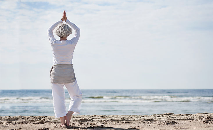 Pancreatic cancer patient soothes digestive issues with a yoga workout
