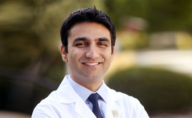 Pancreatic cancer surgeon-scientist was inspired by his mother to pursue medicine
