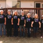 Lindsay's family, including her mom, a 4-year pancreatic cancer survivor