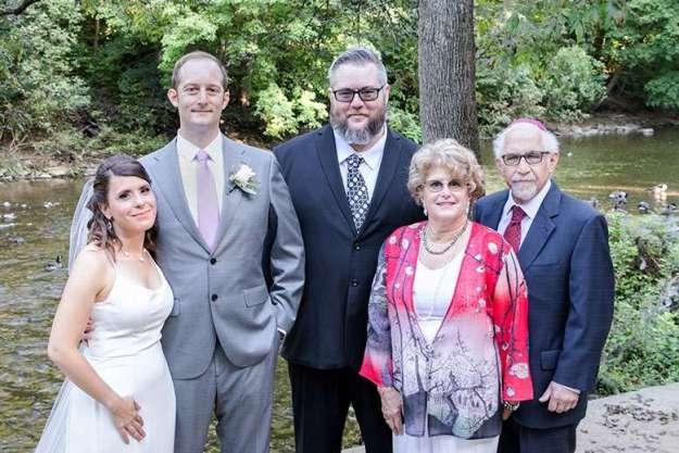 Pancreatic cancer survivor and neurologist Dr. Elliott Schulman and family