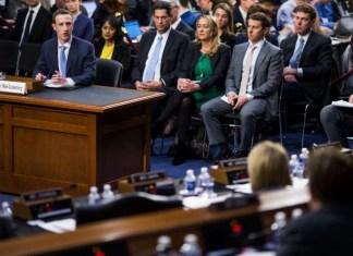 डाटा लीक मामला: सवालों के बाउंसर के बीच जुकरबर्ग ने मांगी माफी