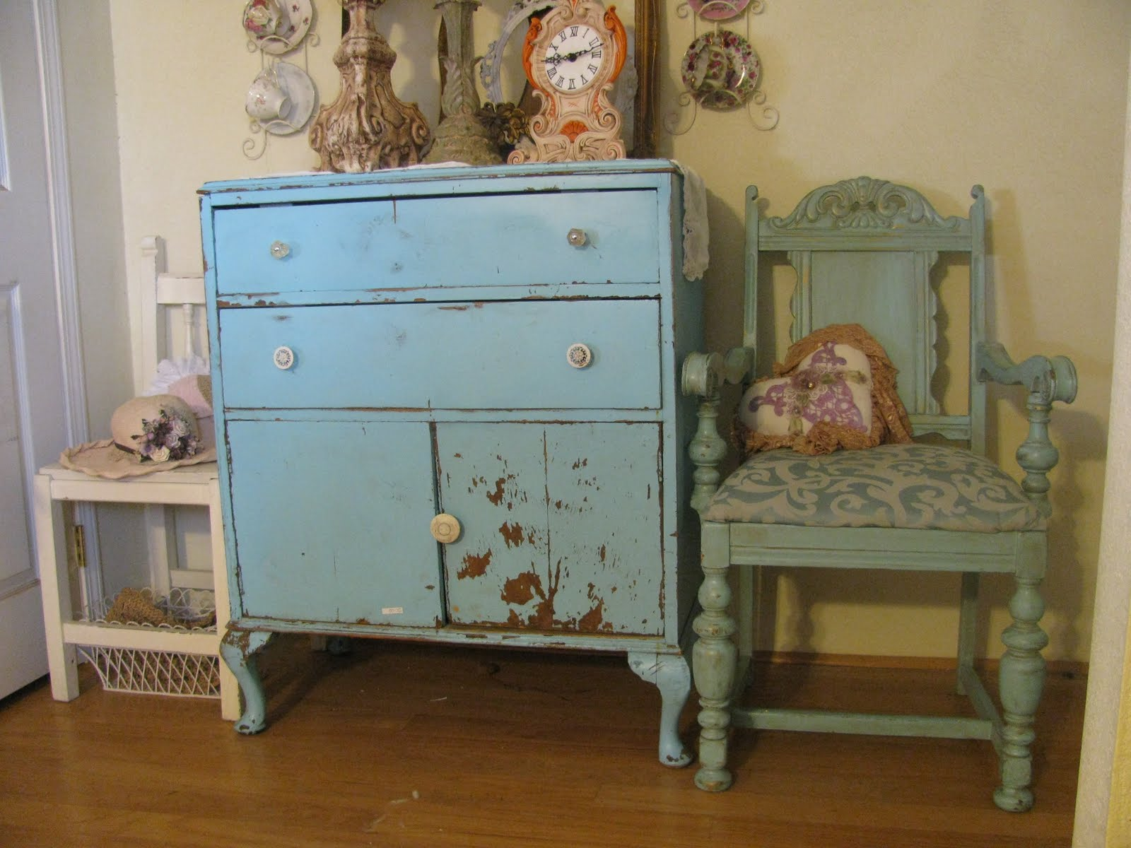 Shabby Chic Blue And Green Pandas House
