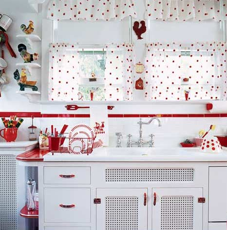 red and white vintage kitchen Red Retro Kitchen - Panda's House
