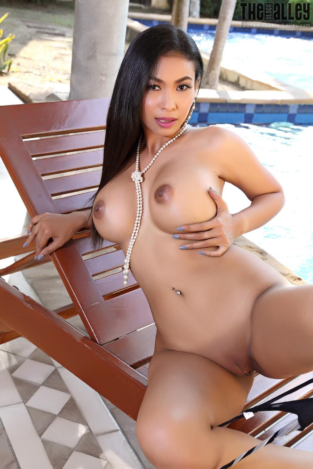 Theblackalley Calisia - Exotic Busty Babe Strips Naked 14 -5646