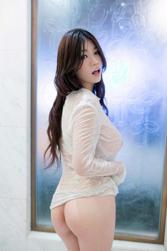 TuiGirl Angela is a beautiful busty Asian 12 photos
