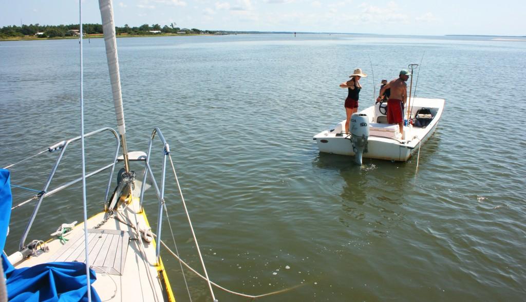 ...une amarre lançée au premier bateau qui passe... et un grand merci !