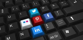 """Sunstein """"#republic. La democrazia nell'epoca dei social media"""" di Cass R. Sunstein"""