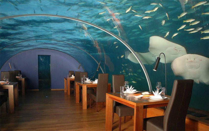 Ithaa Restaurant3