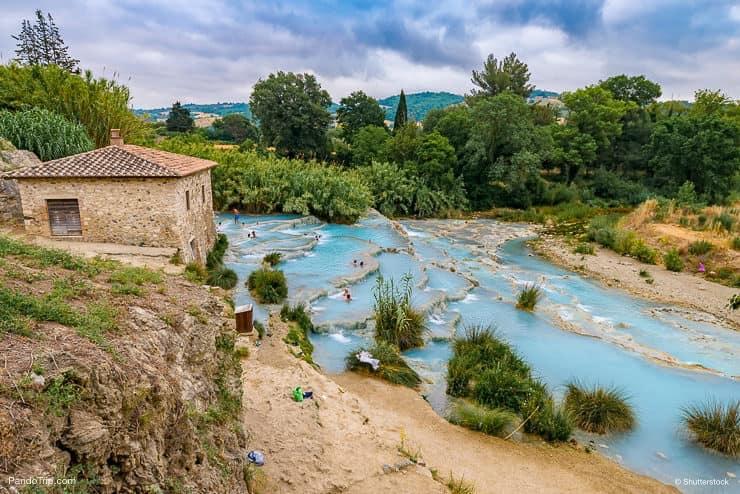 سبا طبيعي، Cascate del Mulino، Saturnia، Italy