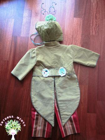 Idee di carnevale i costumi da Pinocchio e Grillo
