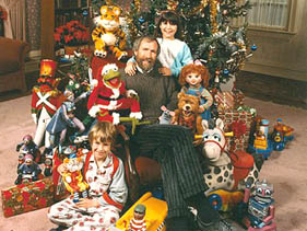 when seen today its easy to see the parallels between the christmas toy and john lassetters original 1995 animated film toy story - Toy Story Christmas Special