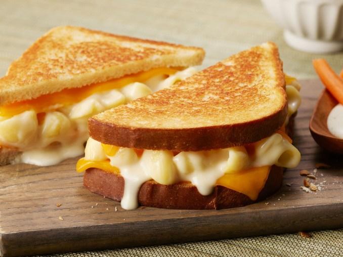 Mac & Cheese Grilled Cheese | Panera at Home