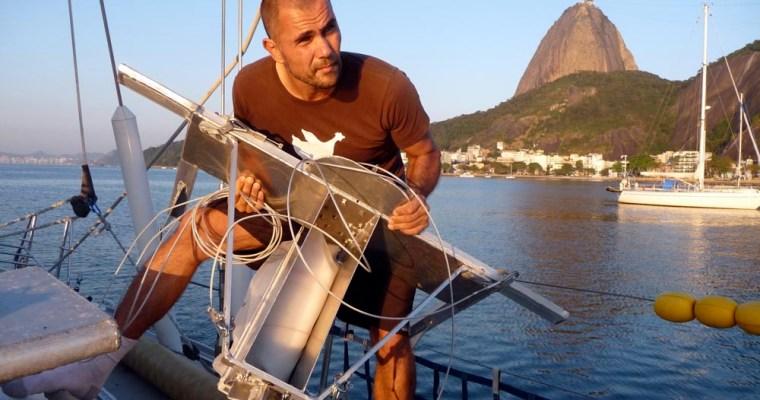 5 Gyres study on ocean plastic pollution in PLoS ONE