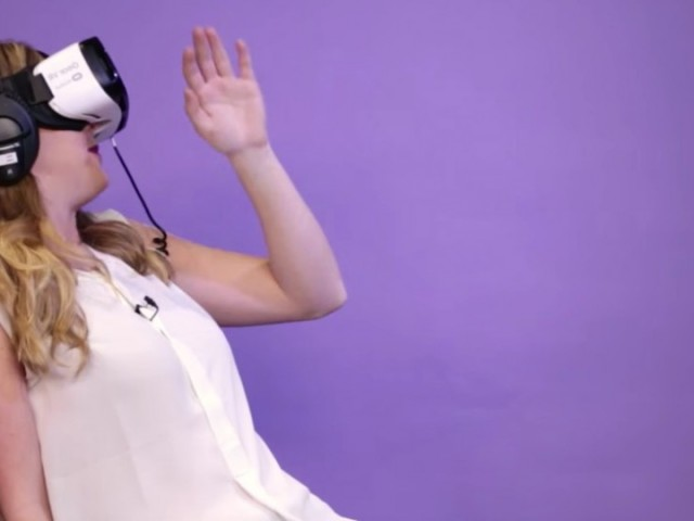 people-try-virtual-reality-porn-for-the-first-time_e9aa