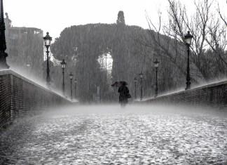 https://pixabay.com/es/lluvia-mojado-gotas-agua-lluvias-275317/