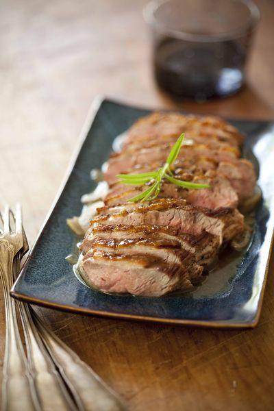 Filet de canard au romarin panier de saison - Cuisiner un filet de canard ...