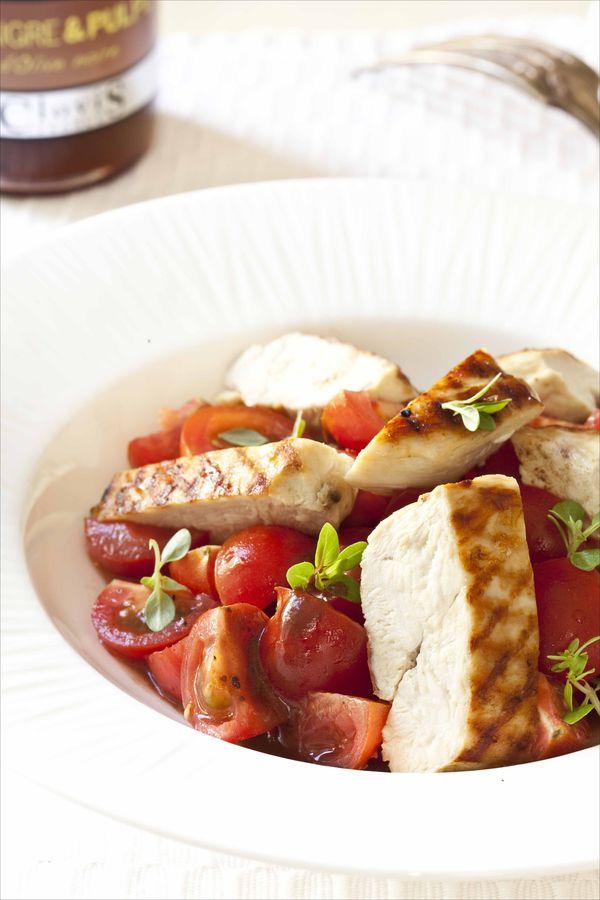 Salade de tomates cerises au poulet grill r veill e par un vinaigre la pulpe d olives noires - Comment faire du poulet grille ...