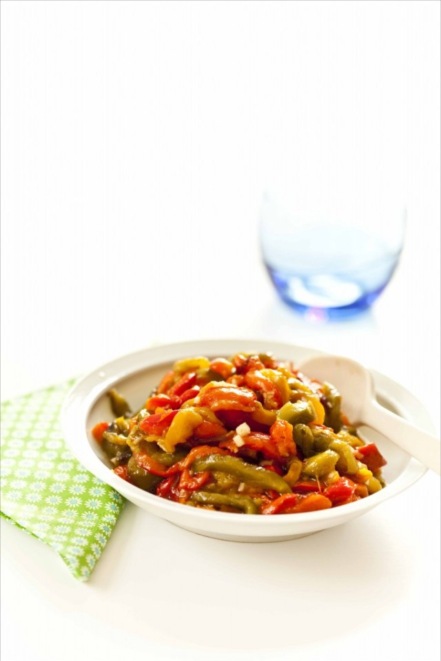 Salade de poivrons à l'ail et à l'huile d'olive