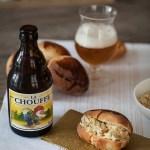 Crab rolls (sandwichs au crabe) et bière Chouffe, pour un Nouvel An vraiment différent