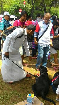 parade-bhinneka-tunggal-ika-peserta-bawa-anjing