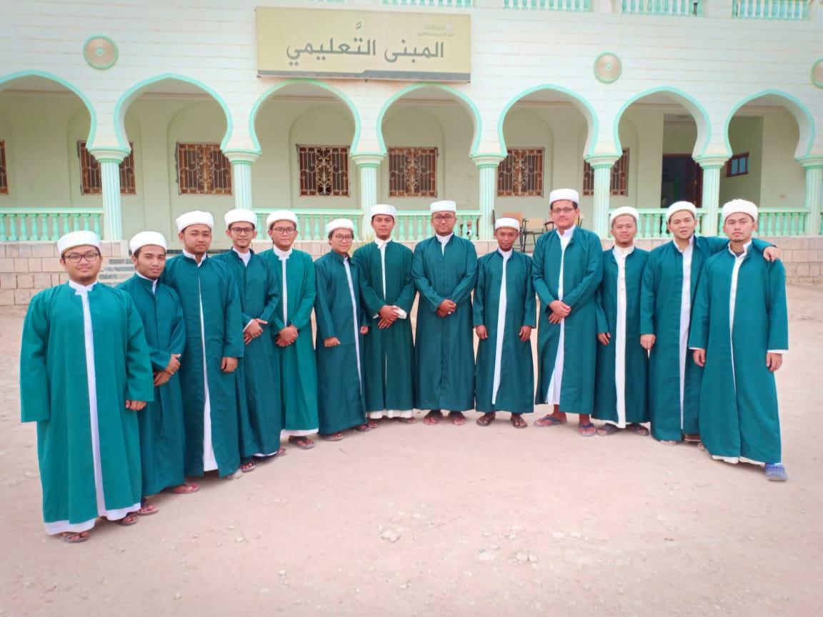 13 Wisudawan Asal Jawa Barat di Universitas Al Ahgaff Yaman