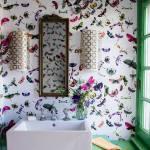 Vackra fjärilar på väggen