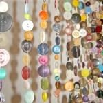 Gör ett insynsskydd av knappar