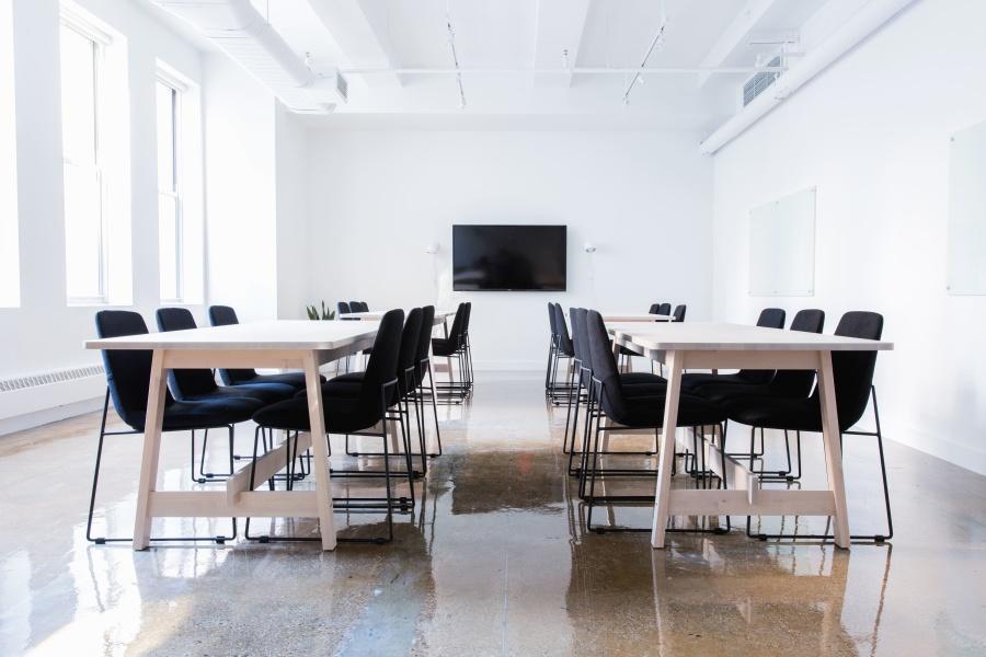 Ufficio In Poco Spazio : Come arredare un ufficio piccolo: consigli per chi ha poco spazio