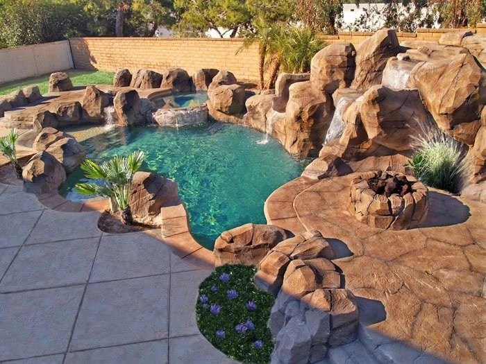 Rocce finte per giardini e interni