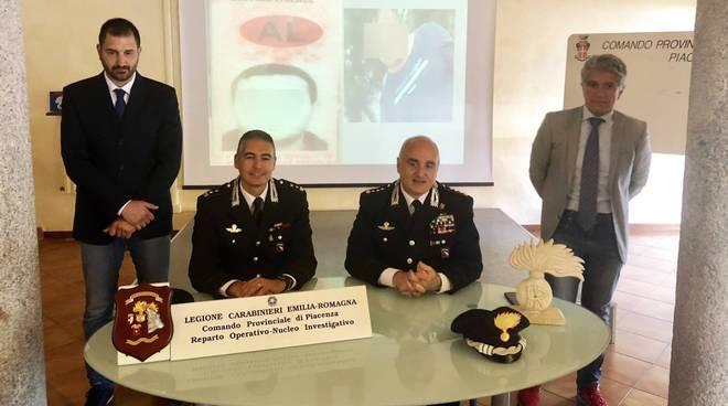 la-conferenza-stampa-dei-carabinieri-133978.660x368
