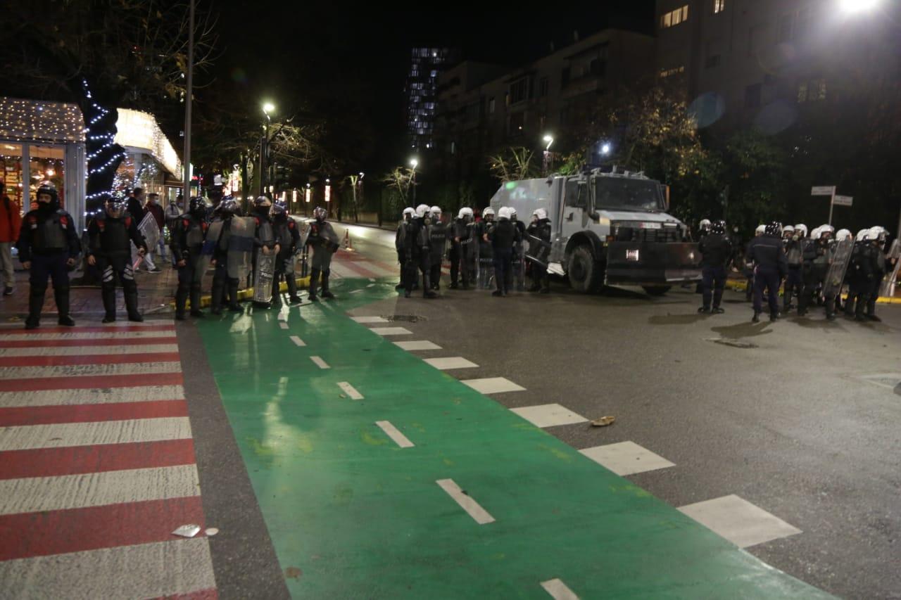 Protesta-Dhuna-Klodian-Rasha-gaz-lotsjelles-tym-policia-sulmi-shkaterrimi (30)