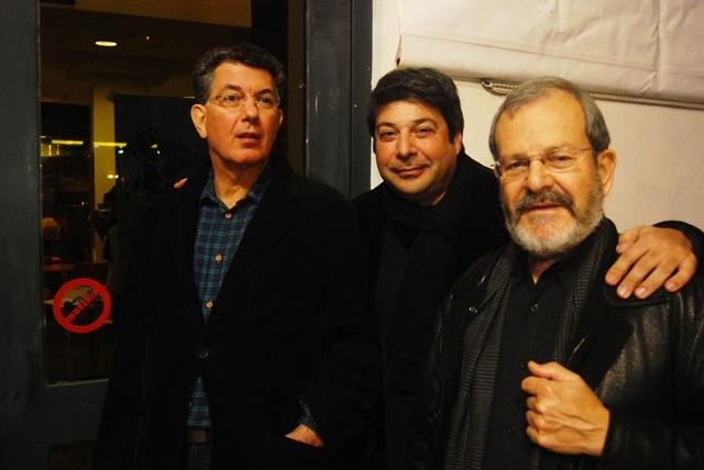 Ο κριτικός Ανδρέας Τυρός, ο σκηνοθέτης Βασίλης Μαζωμένος και ο διευθυντής του Πανοράματος Νίνος Φένεκ Μικελίδης