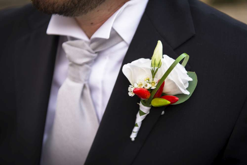 Matrimonio bottoniera country peperoncino