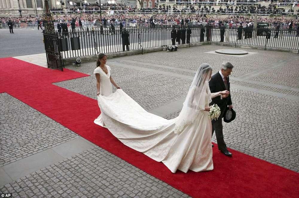 2 matrimonio tappeto rosso
