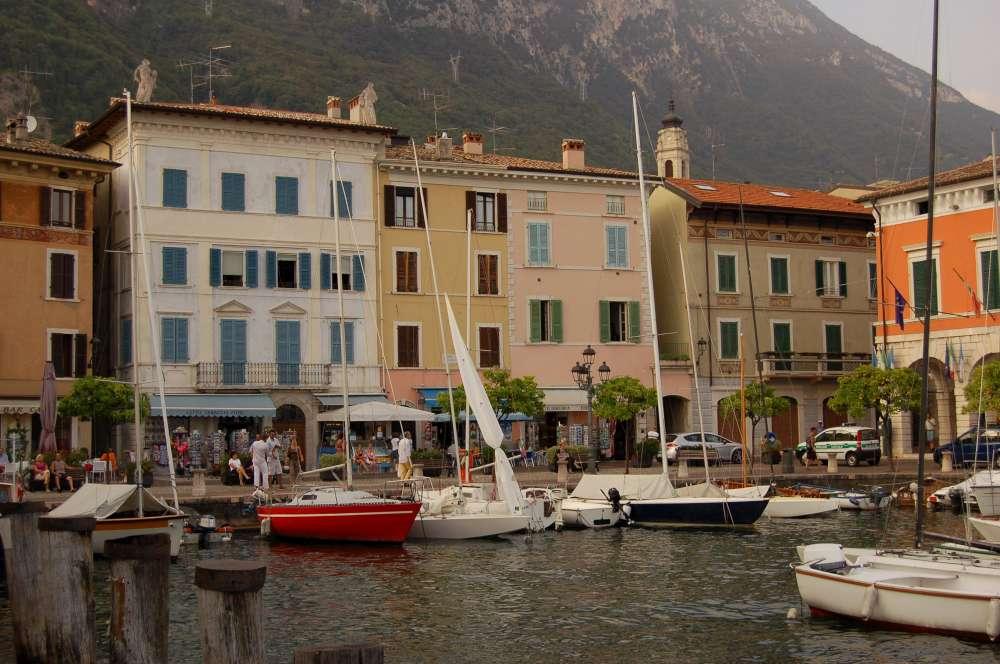 Matrimonio Country Chic Lago Di Garda : Matrimonio sul lago di garda se la location è una limonaia