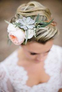 succulent-wedding-flower-crown-hairstyle