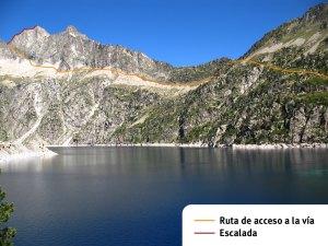 La ruta de aproximación y la vía de escalada