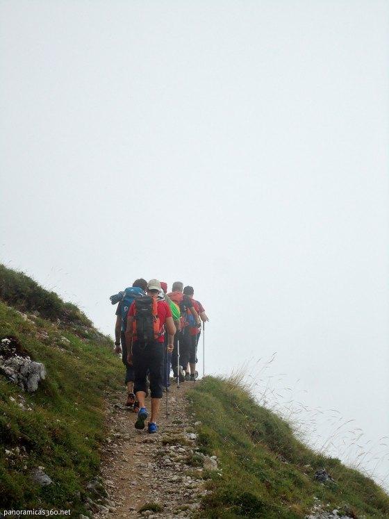 De camino al refugio de la Vega de Urriellu en el Macizo Central de los Picos de Europa