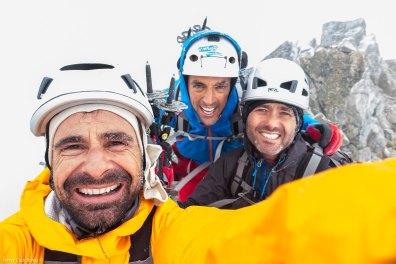 Javi, yo y Óscar en la cumbre del Bardamina