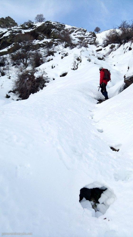 La nieve se rompe en algunos tramos
